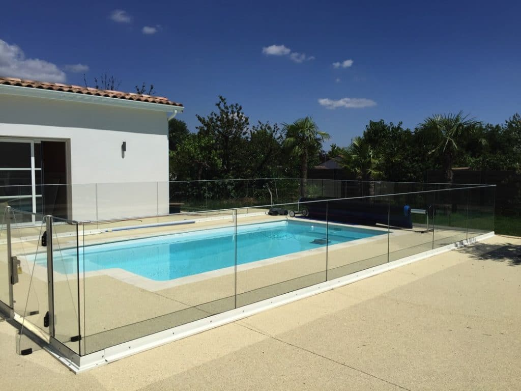 Barriere piscine design barriere piscine design with barriere piscine design de with barriere - Barriere piscine plexiglas lille ...