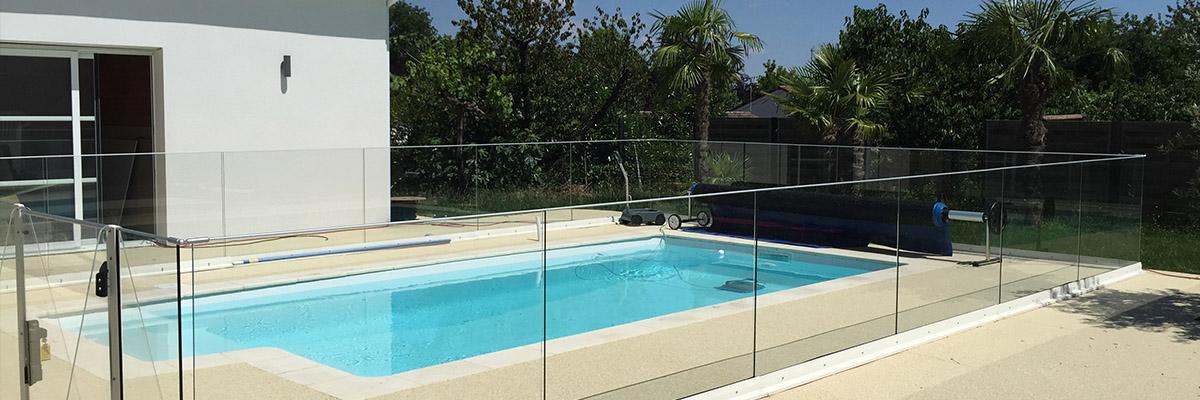 STME-slide1-barriere piscine en verre et aluminium sur l'Union